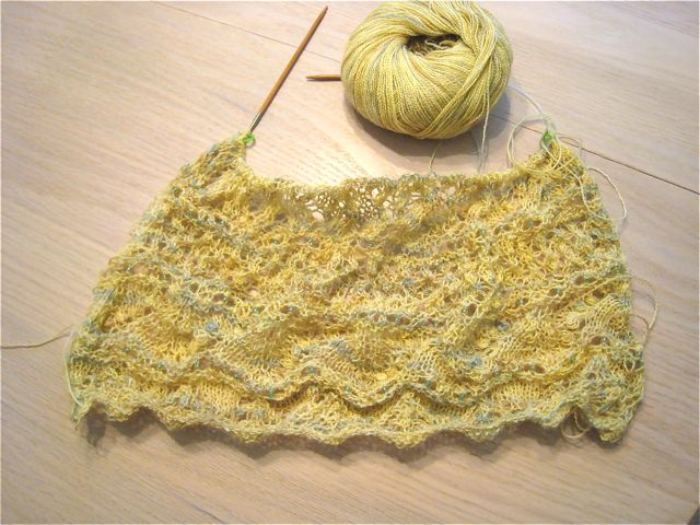 Advent lace scarf in progress